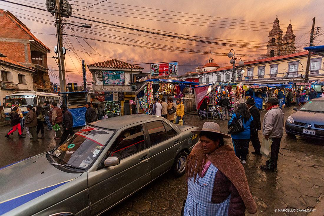 Ruas movimentadas de Potosí